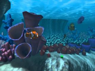 Nemo zwemt even zonder zorgen door de zee.