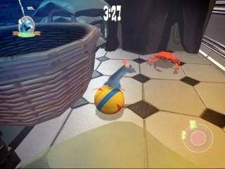 Bij het besturen van Remy kun je gebruik maken van een groot aantal bewegingen en aanvallen.