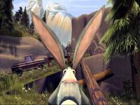 Het bange konijn rent weg voor de jagers.