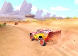 Race over de weg, slip door de bochten en zorg dat je als eerste over de finish komt.
