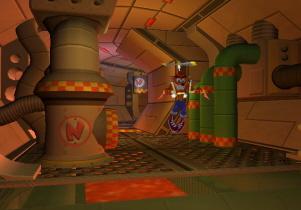 Crash is zeer groot geworden op de Playstation. De zelfde spel ideeën zoals de jetpak kun je nu dus spelen op de GameCube.