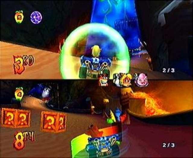 Crash Nitro Kart kan ook met z`n tweeën gespeeld worden!
