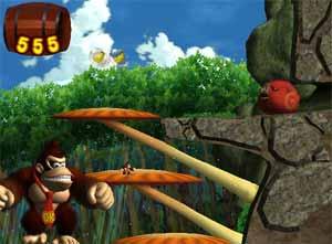 Tijdens de levels moet je zoveel mogelijk bananen pakken, deze hangen in de lucht of krijg je door vijanden te verslaan.