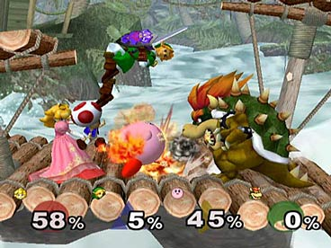 Onderin het beeld zie je in % hoeveel schade elk personage heeft opgelopen, als het percentage stijgt wordt het makkelijker om die tegenstander weg te slaan.
