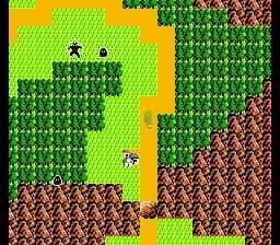 Zelda II - The Adventure of Link. Als je niet op de paden blijft komen er al snel vijanden die graag met je willen vechten.