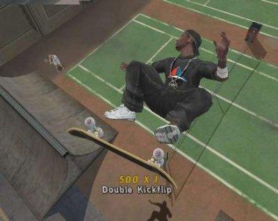 Heey Peter-Jan, sla een eens bal op die knaap met dat skateboard!